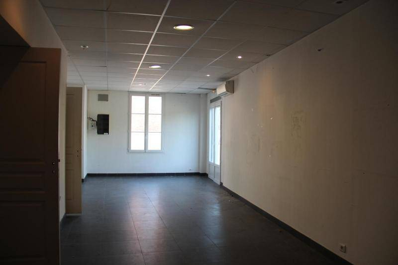 Local professionnel ou commercial de 150 m² env  ...